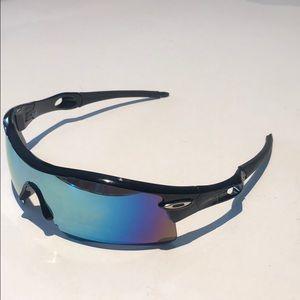Oakley men's sunglasses oil streak  lenses